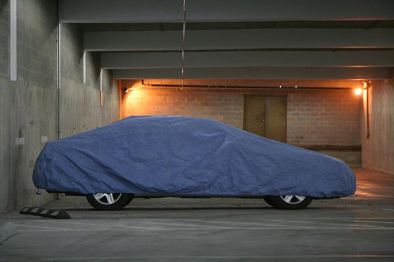 Cerada za auto štiti ga od mnogih nepogoda